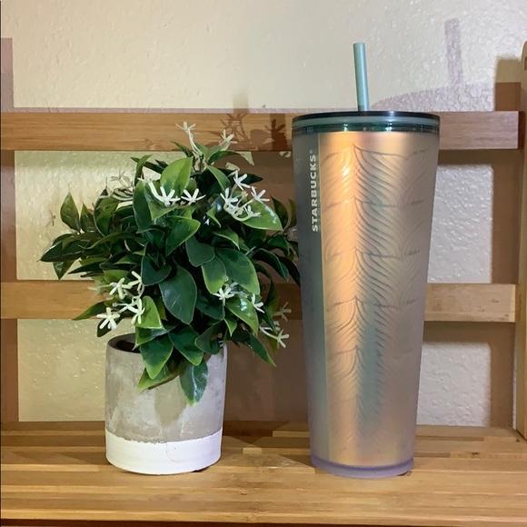 Starbucks iridescent Mermaid tail tumbler cup